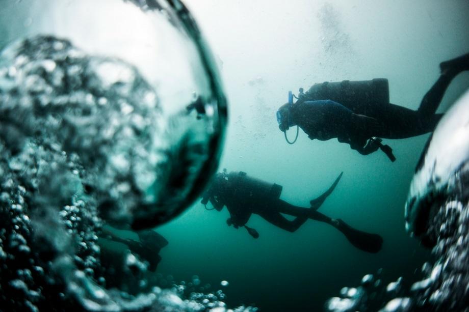 scuba-bubbles