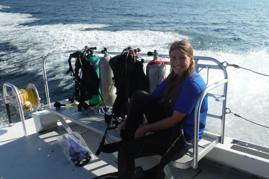 scuba-camper-boat